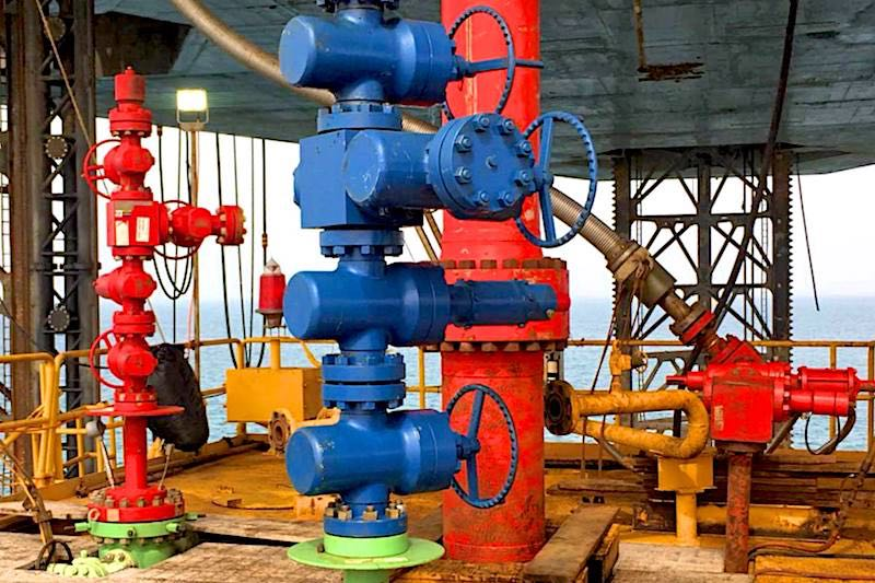 Offshore Platform Hot Tapping - Hot Tapping Service - Oilfield Services - Hot-Hed® International